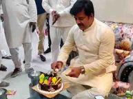 रवि किशन ने संसदीय क्षेत्र गोरखपुर में मनाया जन्मदिन, आखिर क्यूं वायरल हुआ वीडियो