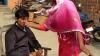भरी पंचायत में पति ने दिया तीन तलाक, पत्नी ने जड़ा थप्पड़, देखें वीडियो