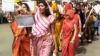 अलवर कांड : सड़कों पर उतरे गुस्साए लोग, आरोपियों के लिए मांगी फांसी, एसपी को हटाया, VIDEO