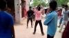 जेठानी के भाई से इश्क लड़ा रही थी देवरानी, सरेआम दोनों को डंडों से बहुत पीटा, VIDEO