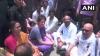सोनभद्र नरसंहार: मृतकों के परिजनों से मिलने जा रहीं प्रियंका गांधी को पुलिस ने हिरासत में लिया
