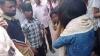 बरेली: युवकों ने लड़के-लड़की को दौड़ा-दौड़ा कर पीटा, VIDEO वायरल