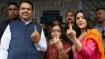 Maharashra-Haryana Election 2019: मतदान करने पहुंचीं ये दिग्गज हस्तियां, देखें तस्वीरें