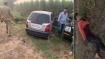 मेरठ में गोकशी कर भागते बदमाशों की यूपी पुलिस से मुठभेड़, 2 जख्मी, गौमांस से भरी कार जब्त