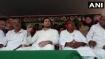 चुनाव प्रचार के लिए पहुंचे तेजस्वी की रैली में हंगामा, लोगों ने जमकर बरसाईं कुर्सियां