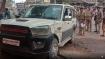 आधी रात को पुलिस ने चेकिंग कर पकड़ा 650 किलो विस्फोटक पदार्थ, गाड़ी में मिला भाजपा के चिन्ह वाली नंबर प्लेट