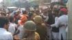 वाराणसीः नामांकन के दौरान काशी विद्यापीठ में दो छात्र गुटों के बीच जमकर मारपीट और पथराव