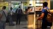 बस स्टॉप पर लगे फेयर कलेक्शन मशीन में अचानक चलने लगी ब्लू फिल्म, यात्रियों ने VIDEO किया वायरल