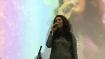 विदेश यात्रा से लौट रही मशहूर गायिका की सड़क हादसे में मौत, पति घायल