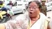 VIDEO: चालान कटने पर महिला ने पुलिसवालों को दी गालियां, बोली- प्राण ले लूंगी