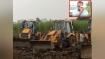 गुजरात: खेत में खड़ी गन्ने की फसल पर डीएफसी ने चलवाए बुलडोजर, मेहनत पर पानी फिरते देख रोए किसान