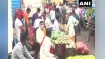 Uttar Pradesh: कोरोना से हाहाकार, फिर भी बेपरवाह बने लोग, हाल बयां कर रही तस्वीरें