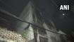 दिल्ली: कार्डबोर्ड गोदाम में लगी भीषण आग, किसी के भी हताहत होने की खबर नहीं