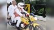 हरियाणा: करनाल में रेलवे फुट ओवरब्रिज का उद्घाटन करने खुद मोटरसाइकिल चलाकर आए CM खट्टर