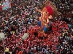 महाराष्ट्र समेत पूरे देश में नम आंखों से गणपति को विदा कर रहे भक्त