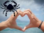 Love Astrology: 2016 में रूठने-मनाने में व्यस्त रहेंगे कर्क राशि वाले