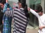 VIDEO: गर्लफ्रेंड ने की सरेबाजार धोखेबाज ब्वॉयफ्रेंड की पिटाई