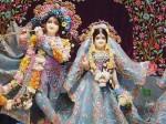जन्माष्टमी पर 300 करोड़ की पोशाक पहनेंगे भगवान कृष्ण