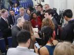 व्हाइट हाउस ने सीएनएन, न्यूयॉर्क टाइम्स, बजफीड के रिपोर्टर्स को किया बैन