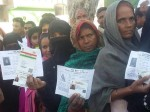यूपी चुनाव: पांचवे चरण में मतदान की LIVE तस्वीरें