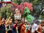 भाजपा की जीत में शामिल हुआ बॉलिवुड, पीएम मोदी को लता दीदी की सुरीली बधाई
