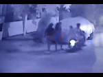 नहीं बदले हालात: बेंगलुरू में बाइक सवार लड़कों ने महिला के साथ की अश्लील हरकत