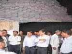 बहराइच: किसानों को गन्ना खरीद का भुगतान न करने पर चीनी मिल के गोदाम किए गए सील