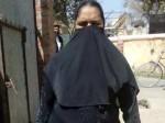 बुर्का पहन जान बचाने को मजबूर हिंदू महिला, PM मोदी से लगाई गुहार
