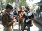 पूरे यूपी में पुलिस ने शुरू किया एंटी रोमियो अभियान, तस्वीरें आई सामने