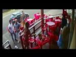 Video:गर्लफ्रेंड के साथ पति को रंगे हाथों पकड़ा,पत्नी ने सिखाया सबक