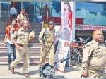 योगीराज: कांस्टेबल की हत्या करने वाले को पुलिस करा रही है शॉपिंग, तस्वीरें हुईं वायरल