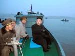 उत्तर कोरिया ने  अमेरिका के युद्धपोत को  उड़ाने की  धमकी दी