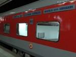 GOOD NEWS: दिल्ली से मुंबई के बीच चलेगी तेज रफ्तार वाली नई ट्रेन,जानें कितनी होगी स्पीड