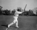 आधुनिक बल्लेबाजी का जनक, आज ही के दिन बनाया था पहला 'शतकों का शतक'