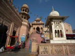 सदियों पुराने मंदिर से गायब हुआ लाखों का हार, पुजारियों में हड़कंप