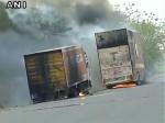 मध्य प्रदेश में उग्र हुए हालात, थाने में वाहनों को आग लगाई, केंद्र से अतिरिक्त सुरक्षा बल की मांग