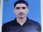 जम्मू कश्मीर के बारामूला में आर्मी कैंप से AK-47 के साथ जवान लापता
