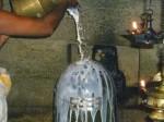 आखिर क्यों चढ़ाया जाता है भोलेनाथ को दूध ?