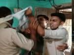 VIDEO: अवैध वसूली के बंटवारे को लेकर पुलिसकर्मियों में हाथापाई