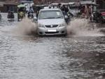 भारी बारिश से उत्तराखंड में 6 लोगों की मौत, रोकी गई केदारनाथ यात्रा