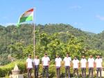 कोहली एंड कंपनी ने श्रीलंका में फहराया तिरंगा, इन क्रिकेटरों ने भी किया सलाम