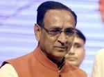 गुजरात के सीएम विजय रूपानी ने चुनाव आयोग पर लगाया सनसनीखेज आरोप