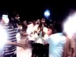 VIDEO: मोबाइल चोरी करना पड़ा भारी, पब्लिक ने की जमकर धुनाई