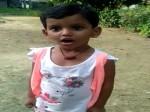 VIDEO: ढाई साल की बेटी ने जब मुट्ठी बांधकर गाया राष्ट्रगान...