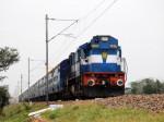 अब रेलवे अफसरों की पत्नियां नहीं कर पाएंगी फिजूलखर्च, रेलवे ने लगाई रोक