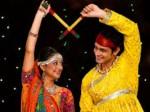 Navratri 2017: आखिर क्या है डांडिया डांस और नवरात्रि का कनेक्शन?