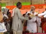 योगी सरकार ने किसान का महज 3 रुपया कर्जा किया माफ, बना मजाक!