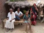 VIDEO: लाख रुपए के कर्जे से दबे किसान का पूरा तीन रुपया सरकार ने किया माफ