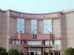 गुड़गांव के बाद अब Noida Ryan School में लापरवाही, नशे में धुत्त मिले बस के ड्राइवर-कंडक्टर