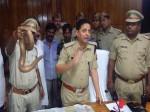 सेक्स पावर बढ़ाने वाले करोड़ों की कीमत वाले सांपों को पुलिस ने पकड़ा, देखिए तस्वीर
